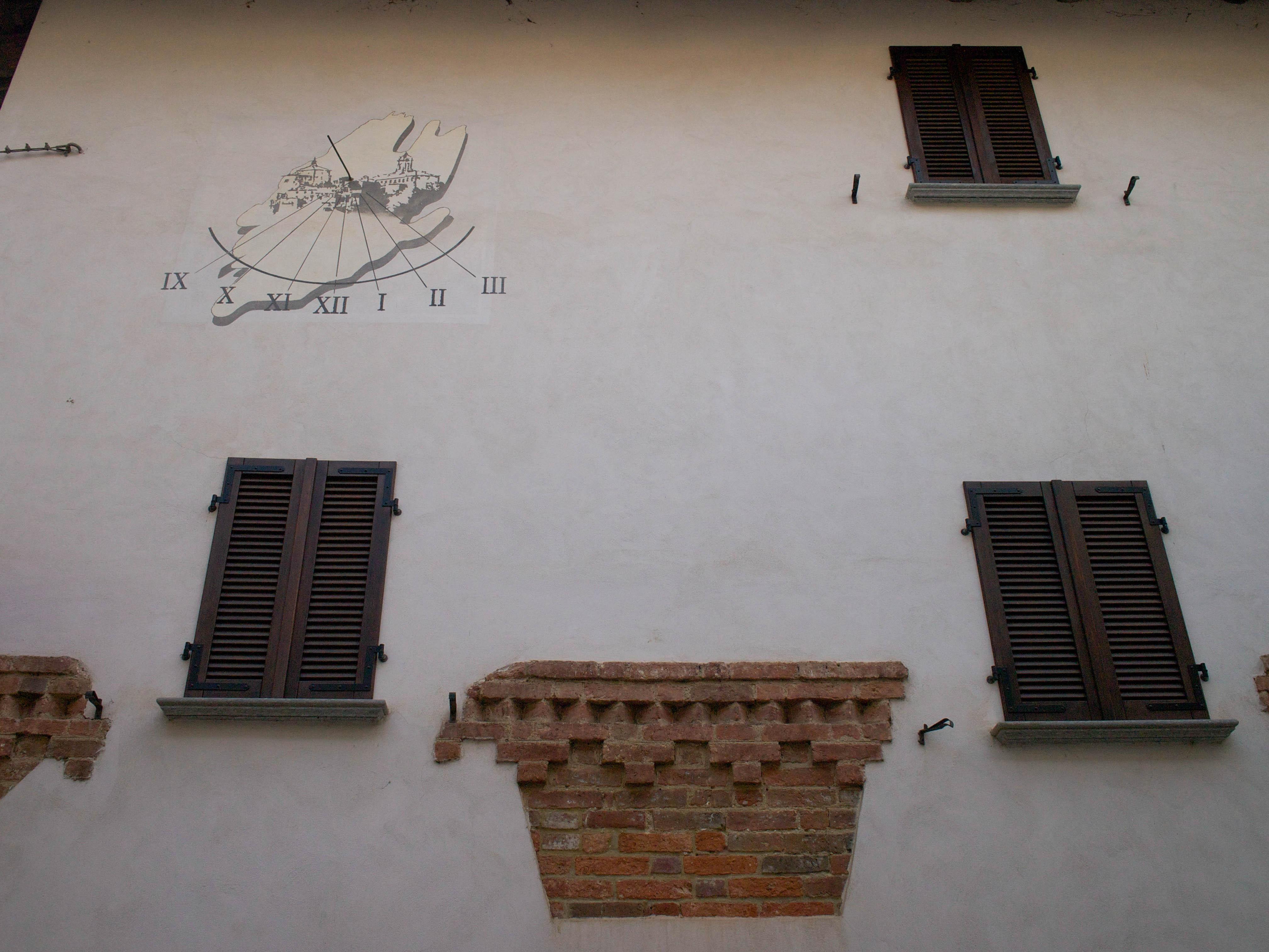 1 Via Monsignor Grasso, La Morra, Italy, 2014